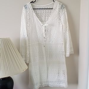 Size 10 Adrianna Papell white lace tunic dress